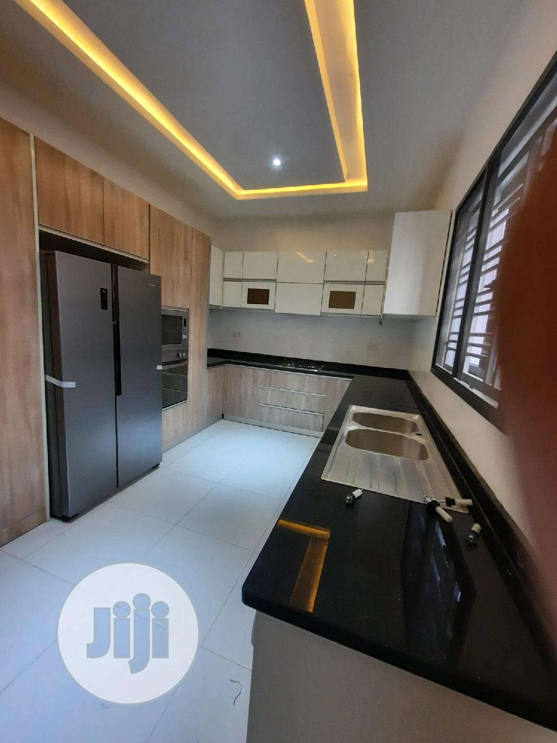 Brand New Tastefully Well Finished 4 Bedroom Terrace Duplex For Sale | Houses & Apartments For Sale for sale in Lekki, Lagos State, Nigeria