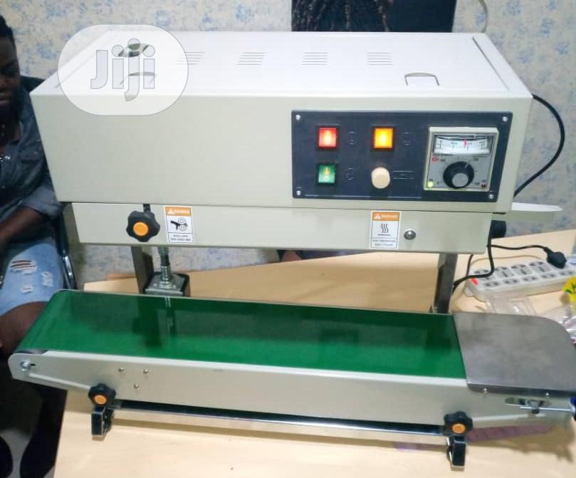 Industrial Pedal Sealing Machine