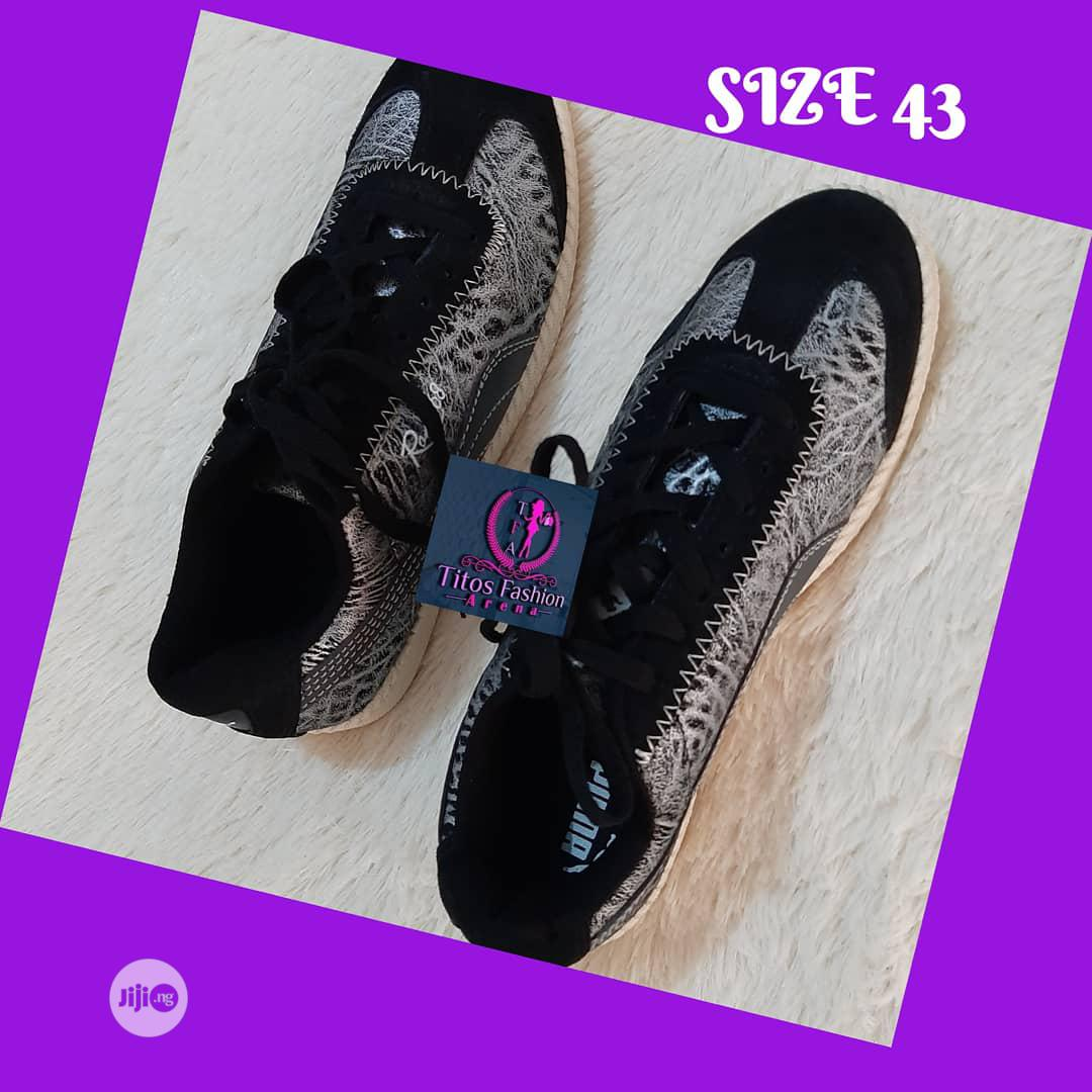 Unisex Quality Sneakers | Shoes for sale in Ifako-Ijaiye, Lagos State, Nigeria