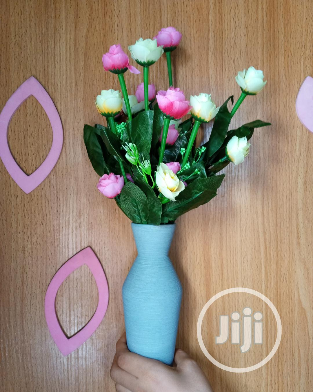 Table Top Flower Vase With Flowers   Home Accessories for sale in Lagos Island, Lagos State, Nigeria