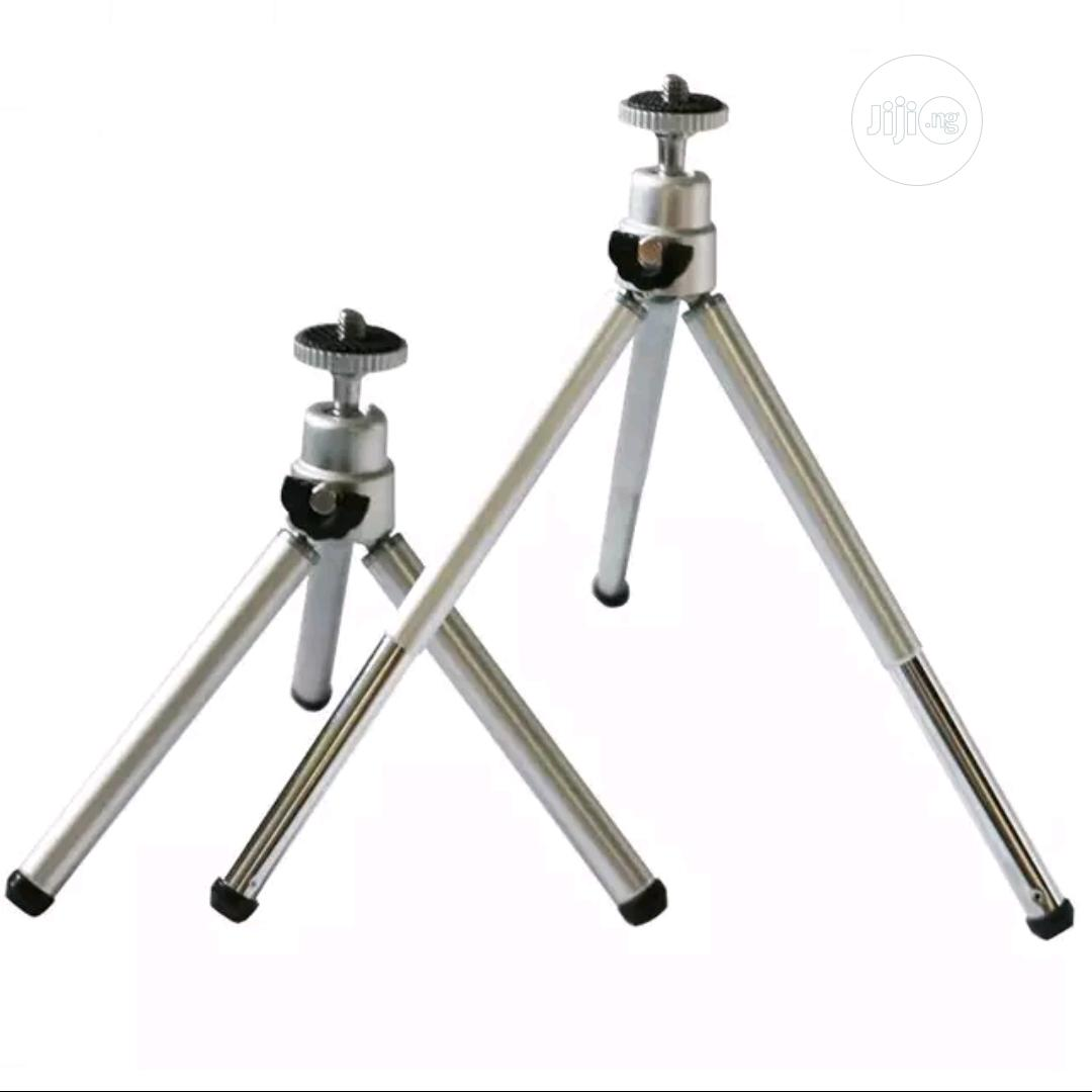 Table Tripod Stand With Remote Control | Accessories & Supplies for Electronics for sale in Amuwo-Odofin, Lagos State, Nigeria