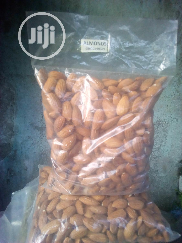 Almond Nuts (500 Grm)