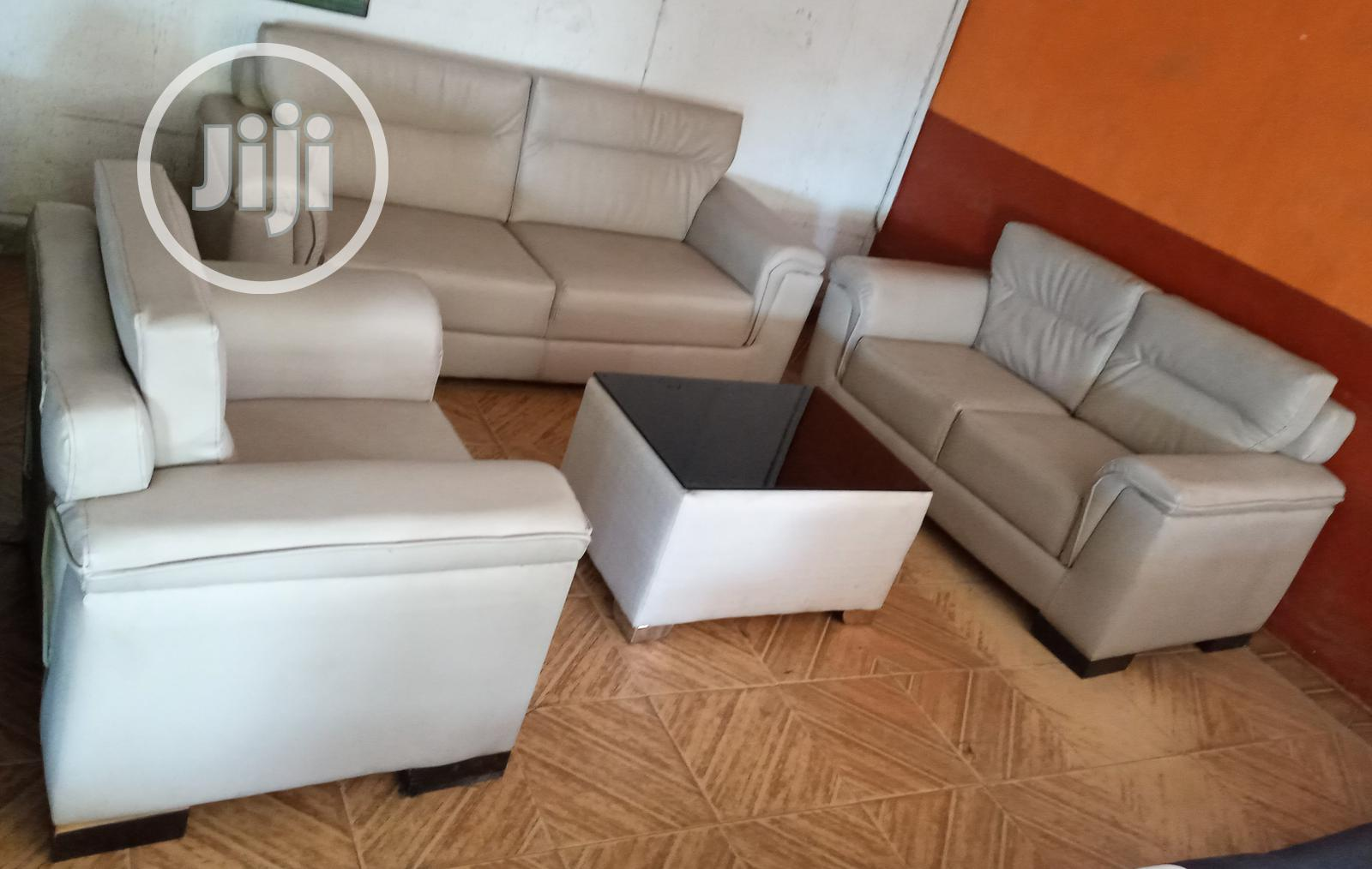 Classic Sofa Chairs With Table. 6 Seaters Leather Couch