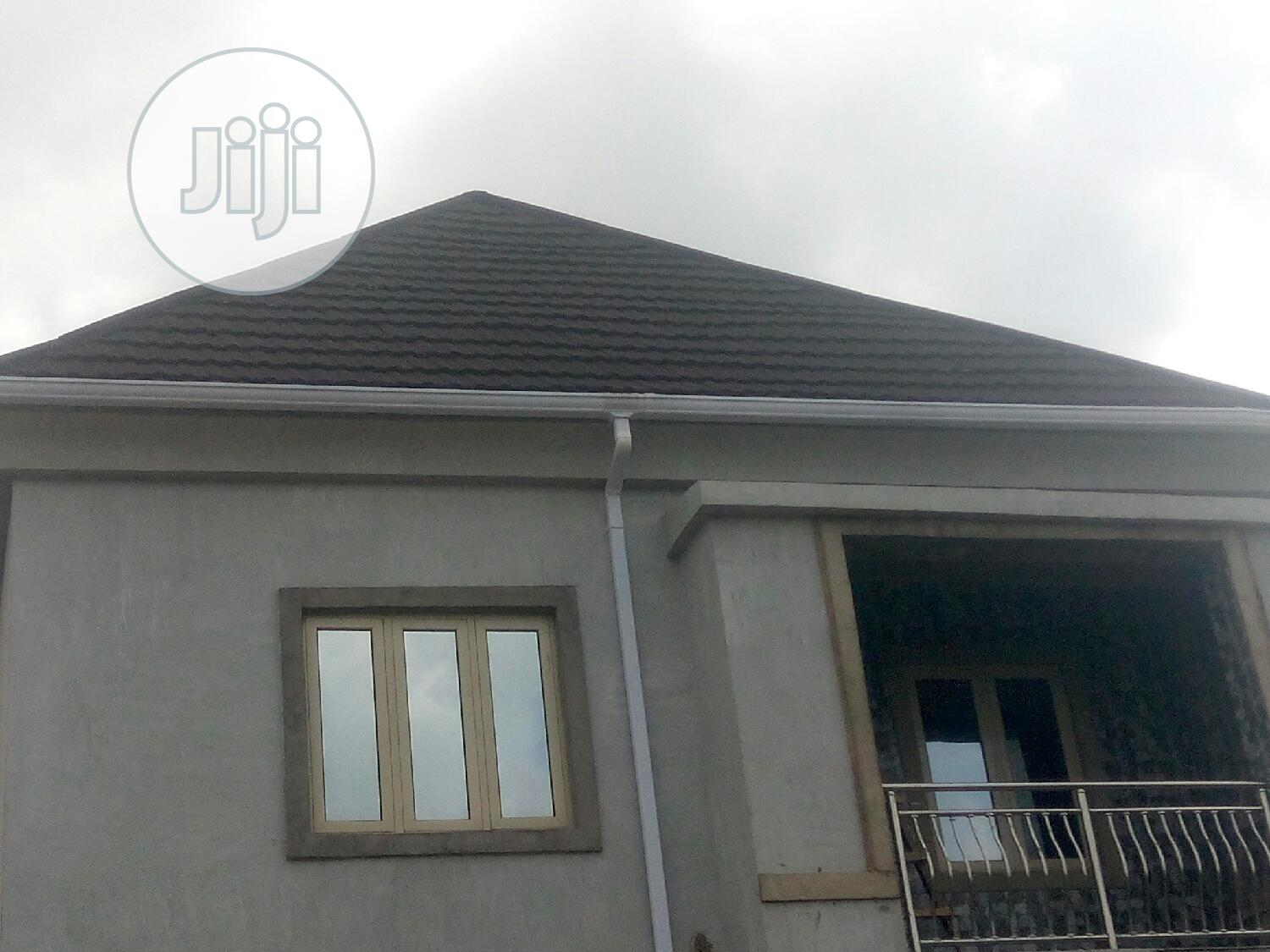 Water Collector & Roofing Gutter
