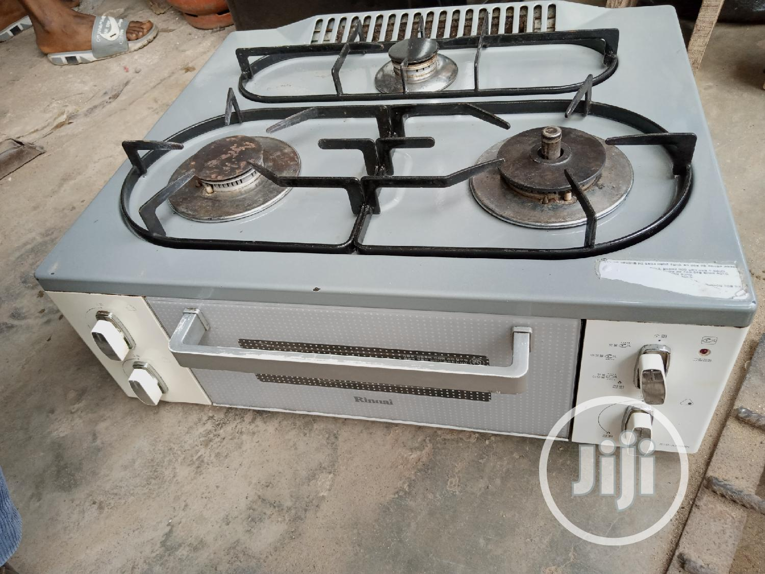 UK Fairly Used Table Top 3 Bunner Gass Cooker