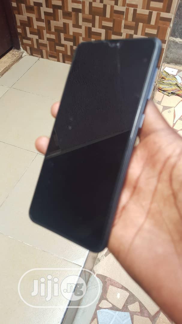 Archive: New Samsung Galaxy A10 32 GB Black