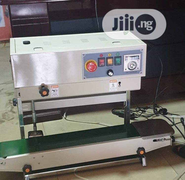 Continues Brand Sealing Machine