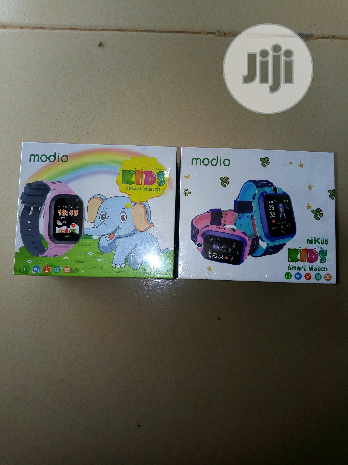 Kid's Smart Watch Locate Where Your Kid's Are