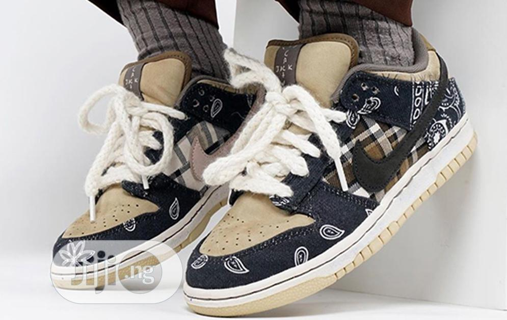 Archive: Travis Scott X Nike Sb Dunk Low