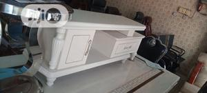 Quality Adjustable Tv Stand With Glass Top And Two Shelves | Furniture for sale in Lagos State, Amuwo-Odofin