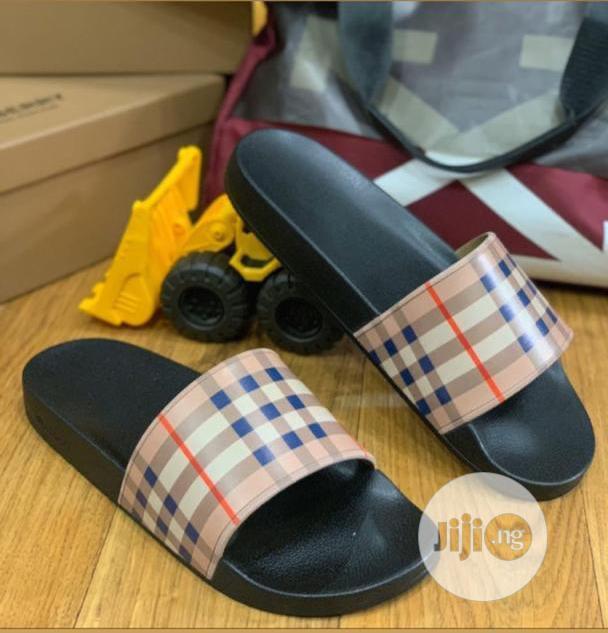 Burberry Flip Flops in Surulere - Shoes
