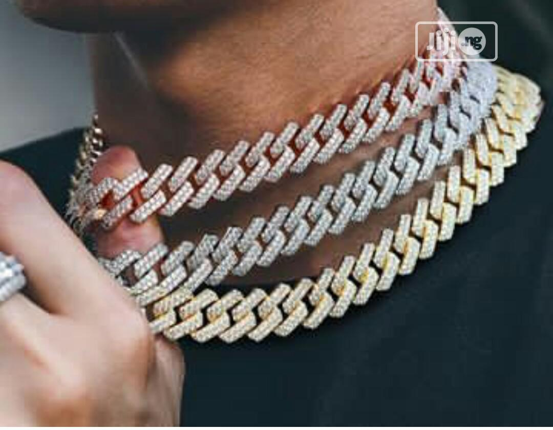 Archive: Cuban Chain