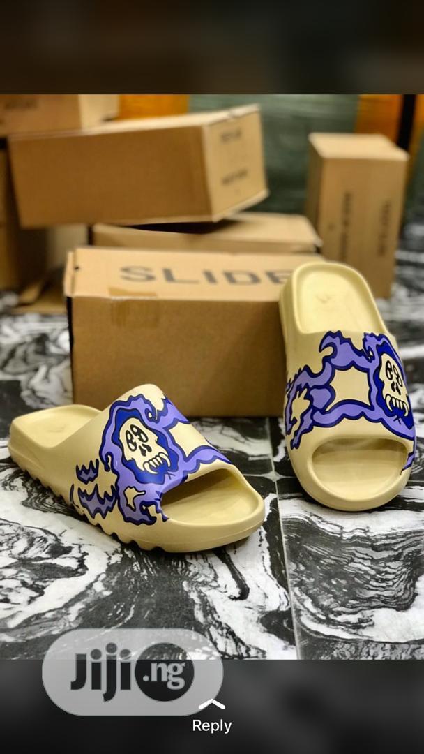 Slide Slippers   Shoes for sale in Lagos Island (Eko), Lagos State, Nigeria