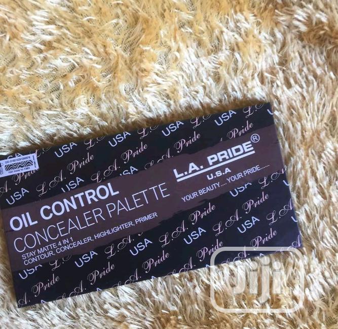 Archive: Orignal LA Concealer Pallet