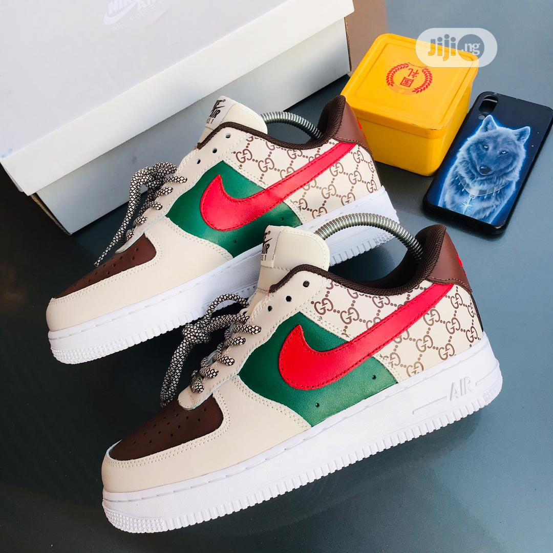 Original Nike Air Force 1 Sneakers