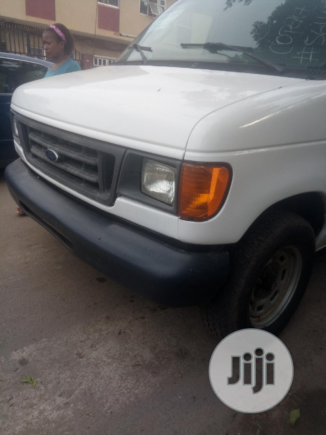 Archive: Ford E-150 2006 From Texas USA Just Buy and Drive