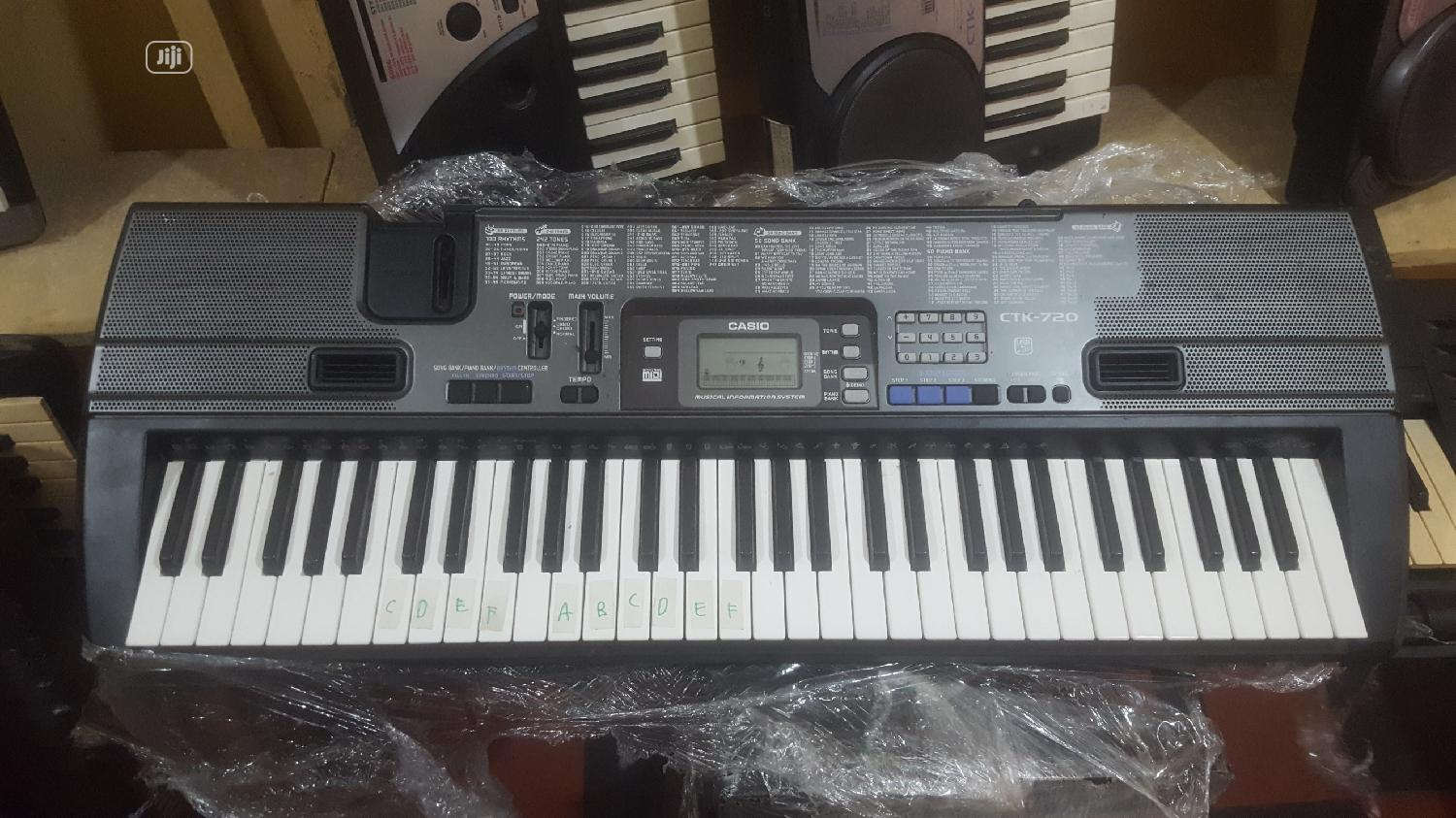 Brand's Used || Casio Ctk720 Practice Keyboard Free Stand Included