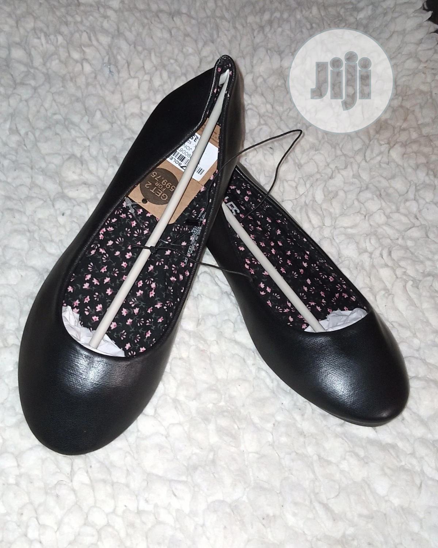 Archive: Female Flat Shoe