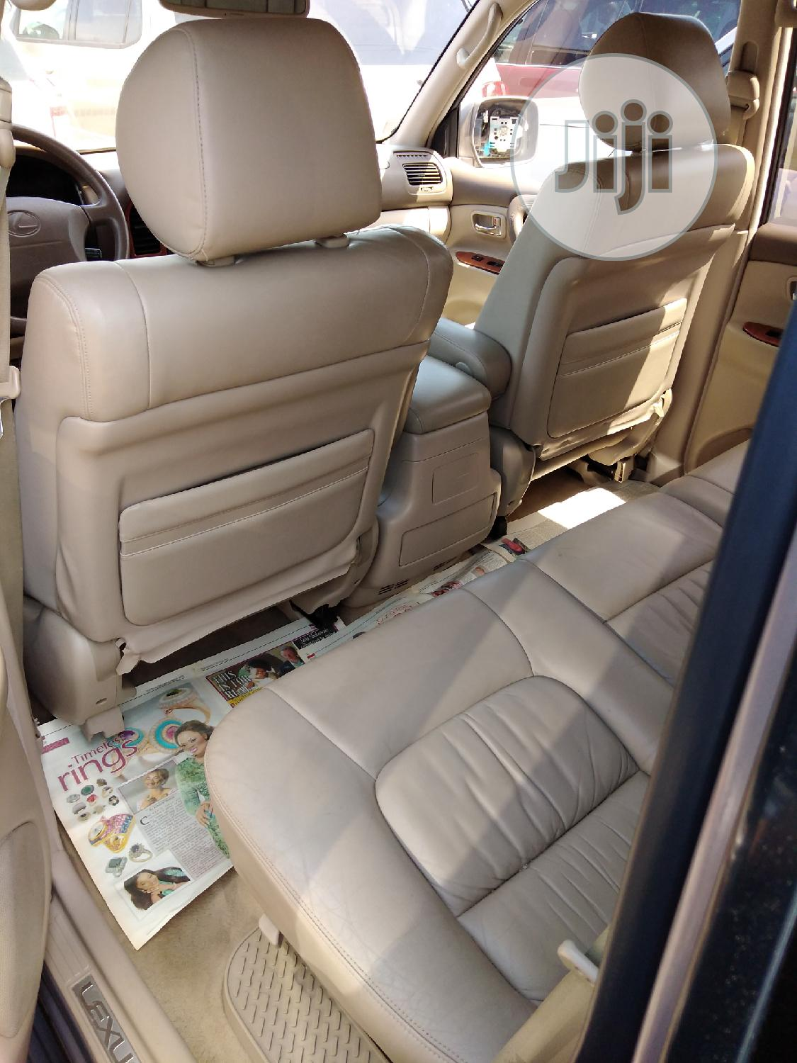 Lexus LX 470 Sport Utility 2004 Gray | Cars for sale in Apapa, Lagos State, Nigeria
