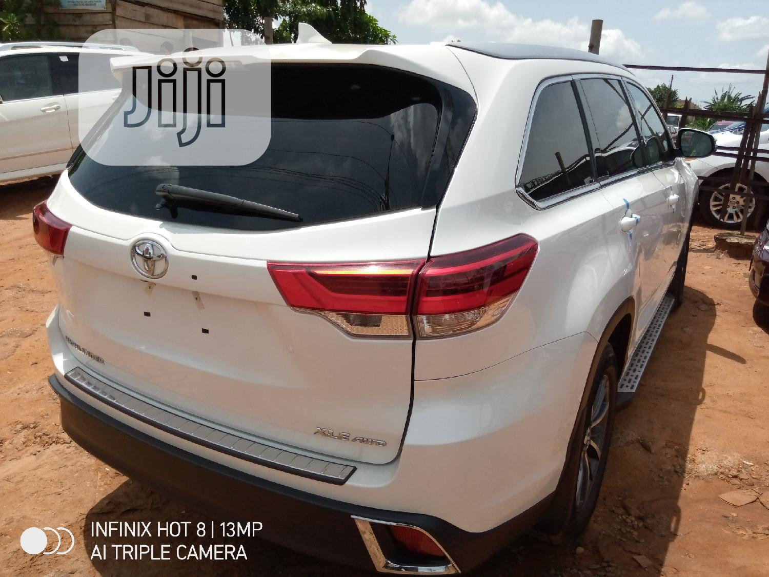Toyota Highlander 2017 White | Cars for sale in Benin City, Edo State, Nigeria