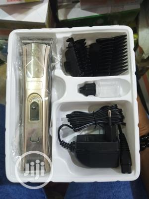 Medium Size Rechargeable Clipper | Tools & Accessories for sale in Oyo State, Ibadan