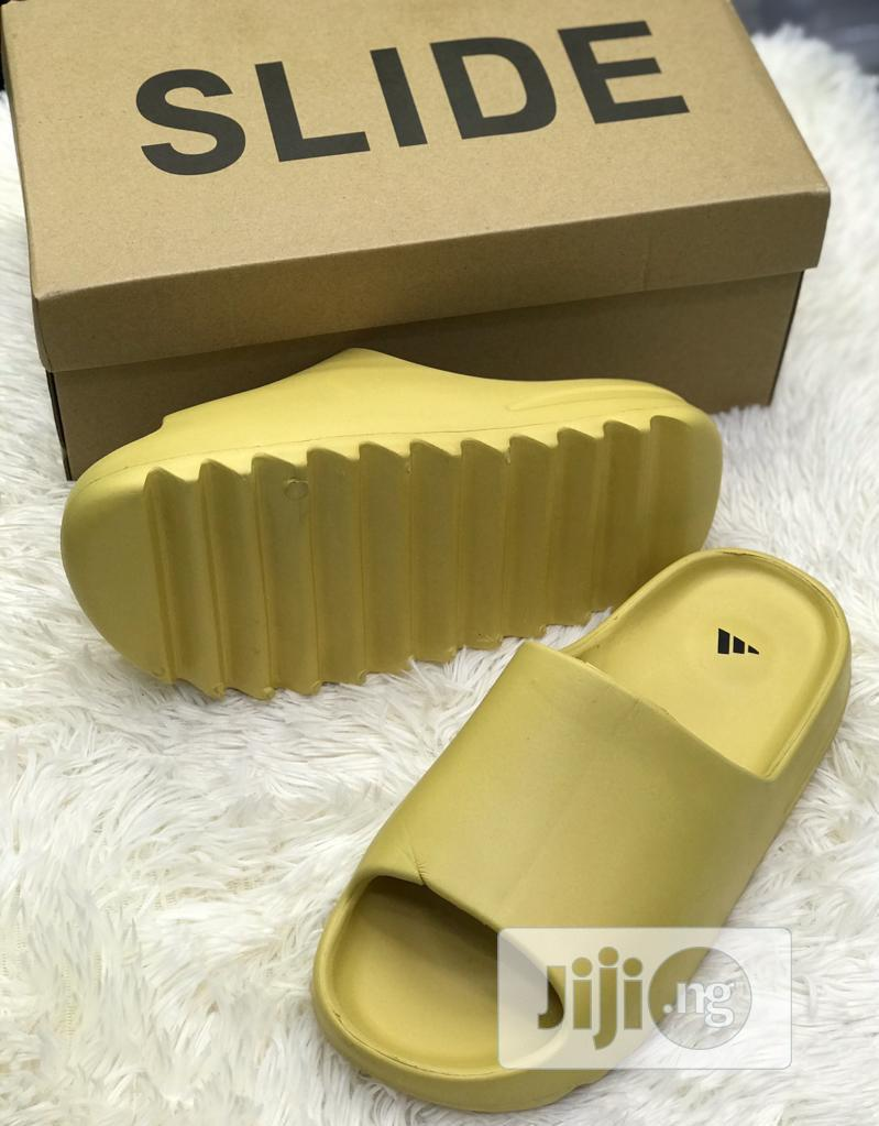 Adidas Yeezy Slides | Shoes for sale in Surulere, Lagos State, Nigeria