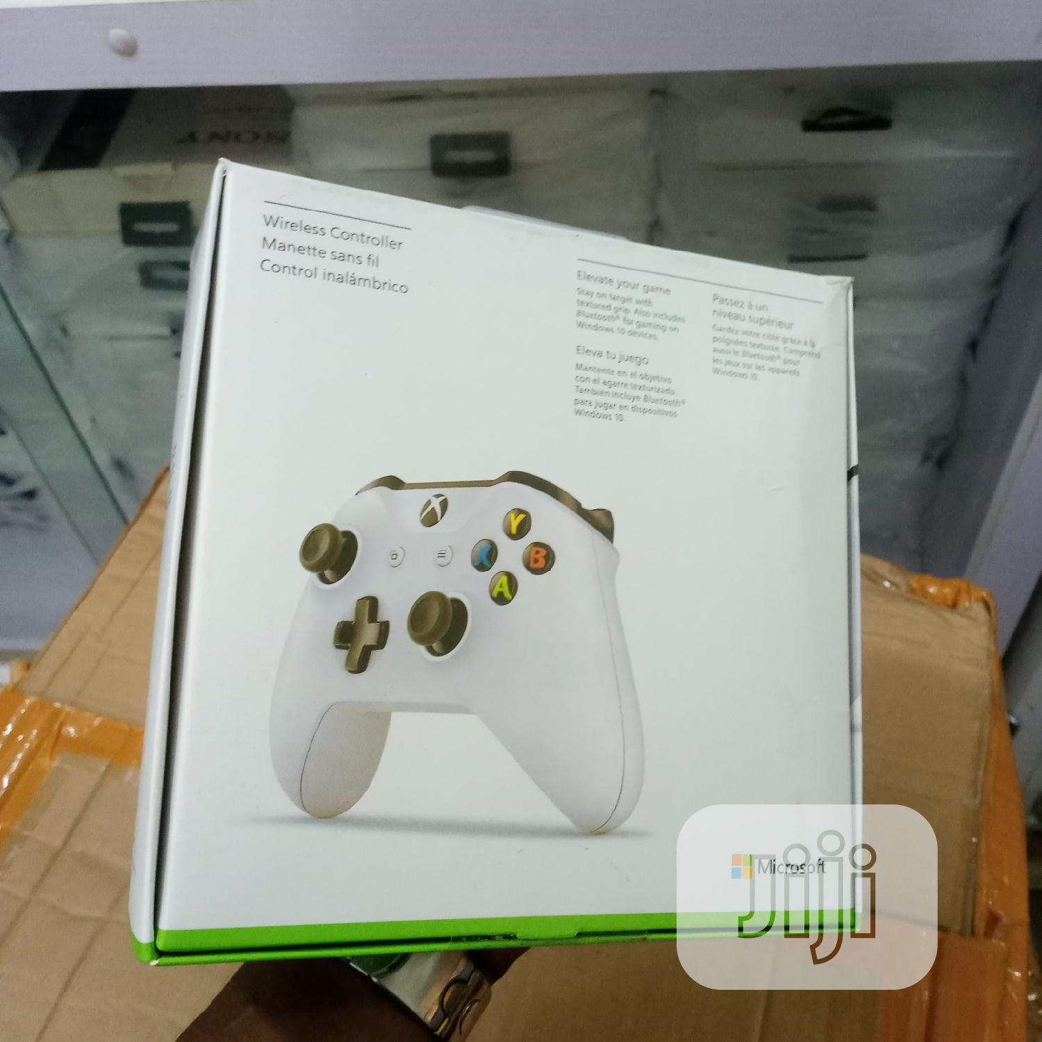 Xbox One Wireless Controller | Accessories & Supplies for Electronics for sale in Lekki Phase 1, Lagos State, Nigeria