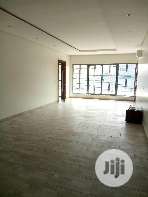 3bedroom Luxury Apartment With Boys Quarters For Sale | Houses & Apartments For Sale for sale in Lekki, Lagos State, Nigeria