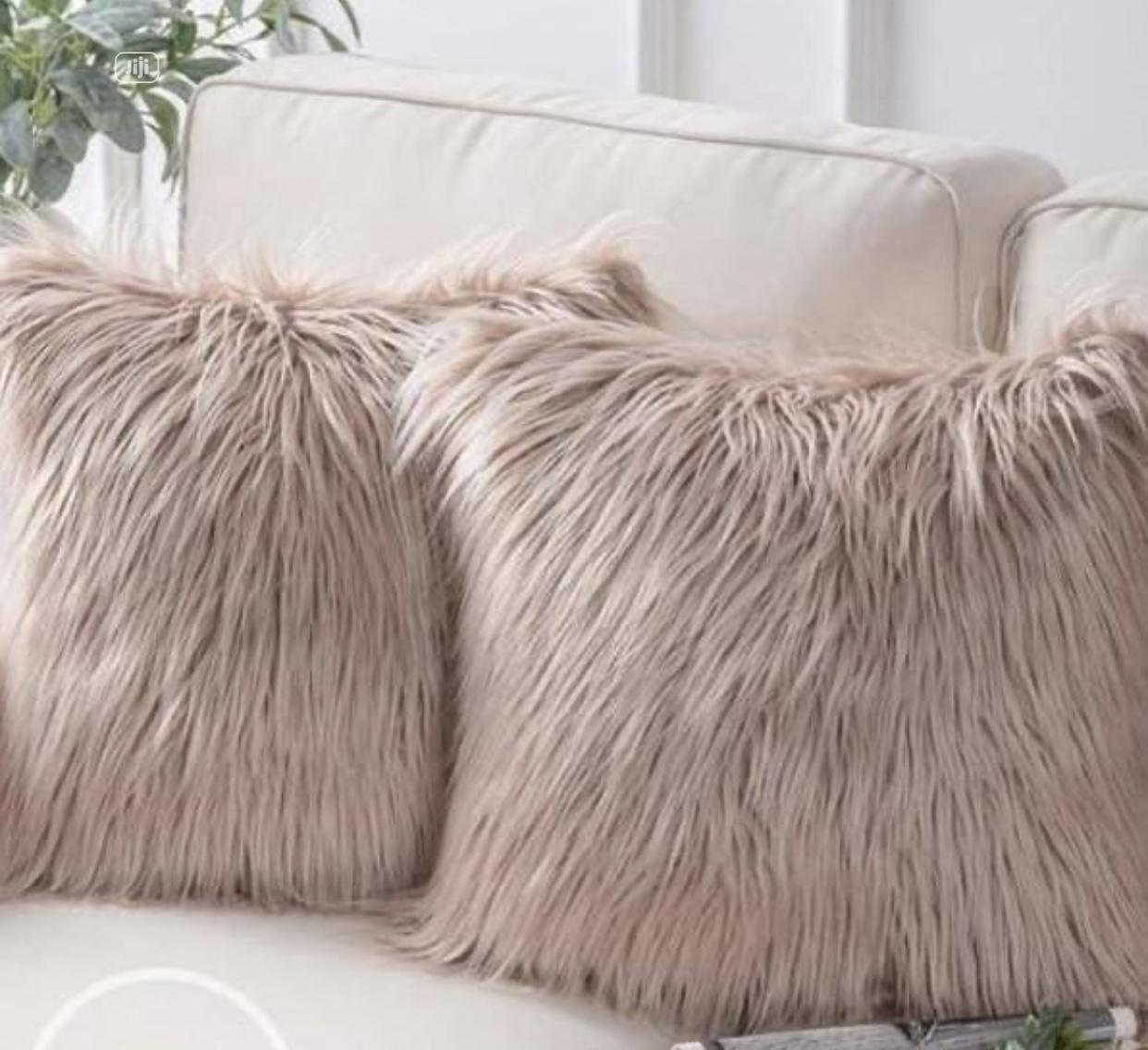 Archive: Fluffy Pillow