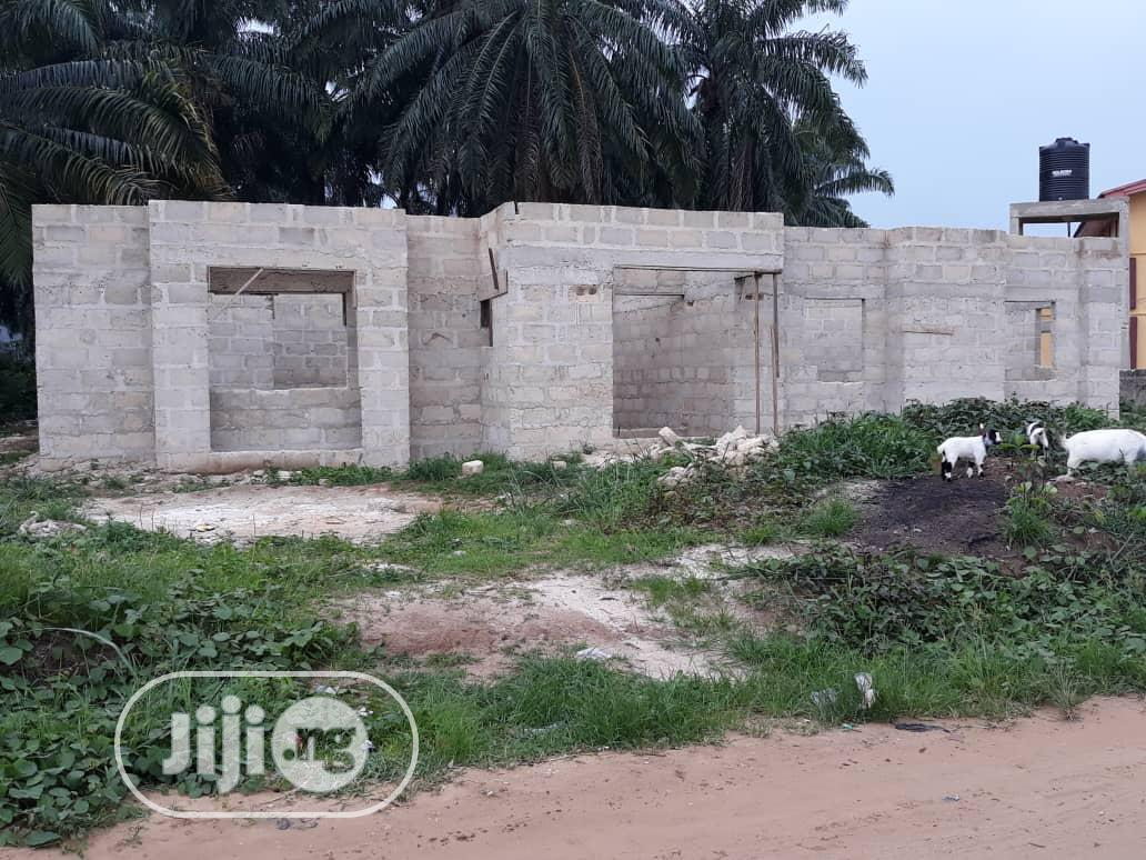 3 Bedroom Flat on 890sqm Land for Sale at Shelter Extension