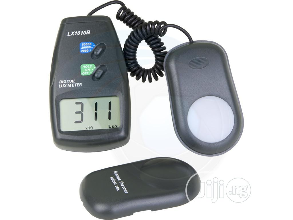 Digital Light Meter / Lux Meter