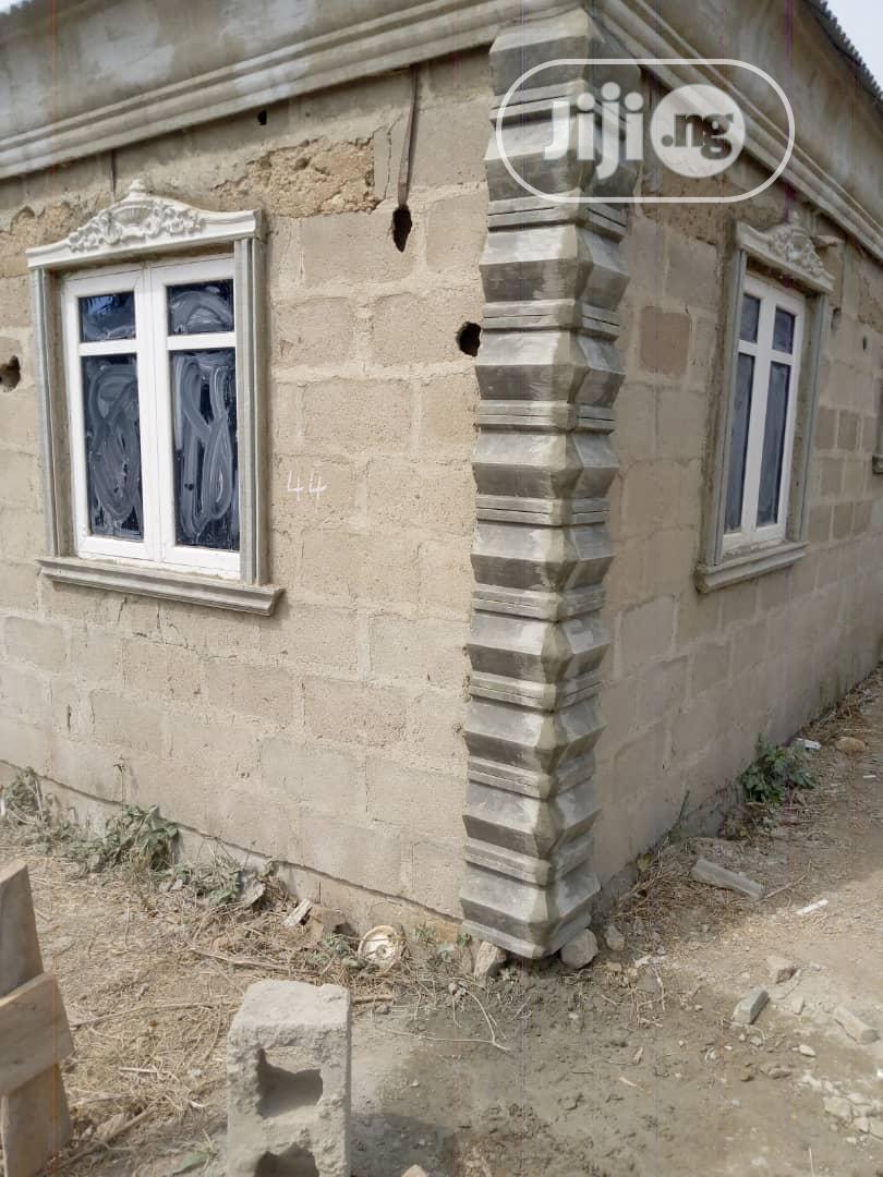 P.O.P Window Wood, Wall Screeding.   Building & Trades Services for sale in Amuwo-Odofin, Lagos State, Nigeria
