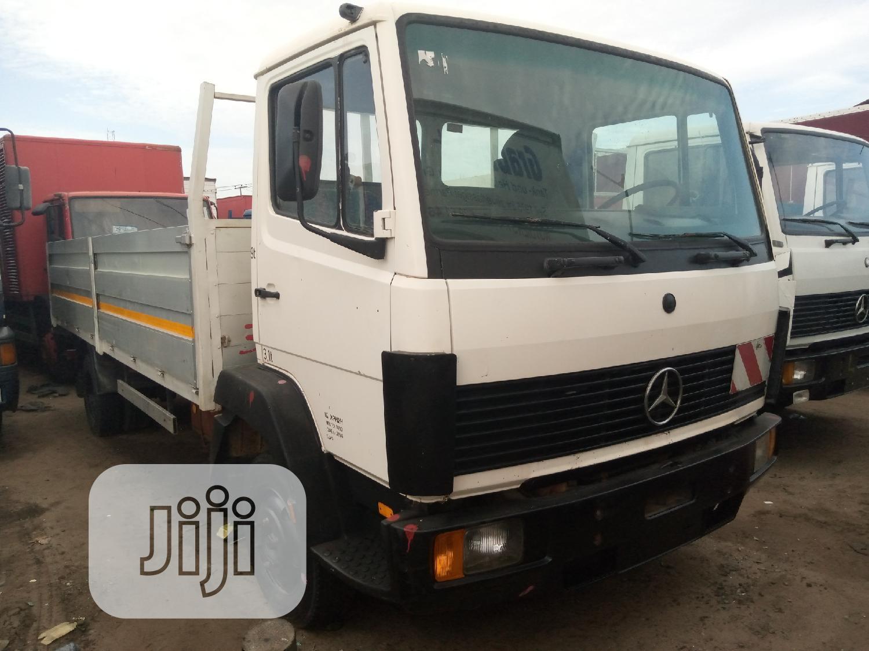Mercedes Benz Truck 814 1998