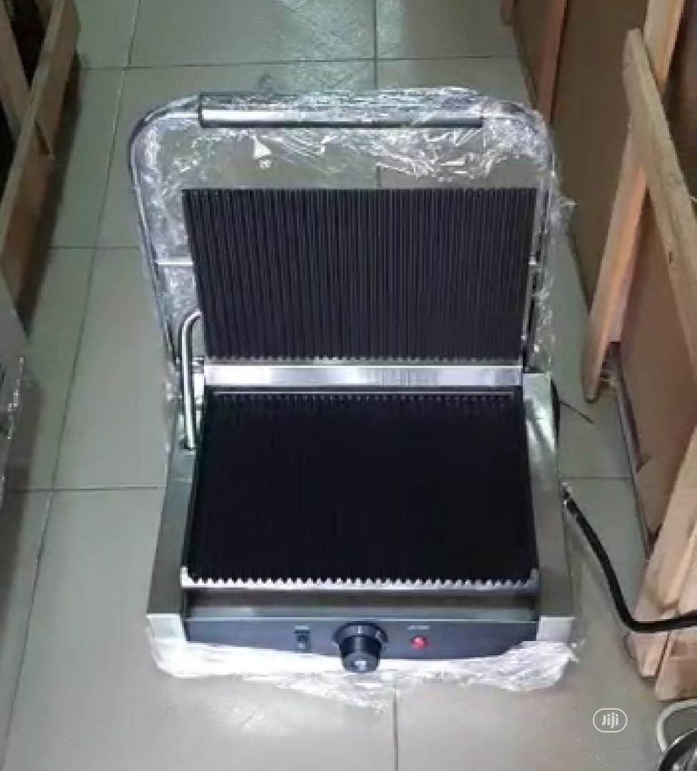 Shawarma Toaster Electric | Restaurant & Catering Equipment for sale in Dei-Dei, Abuja (FCT) State, Nigeria