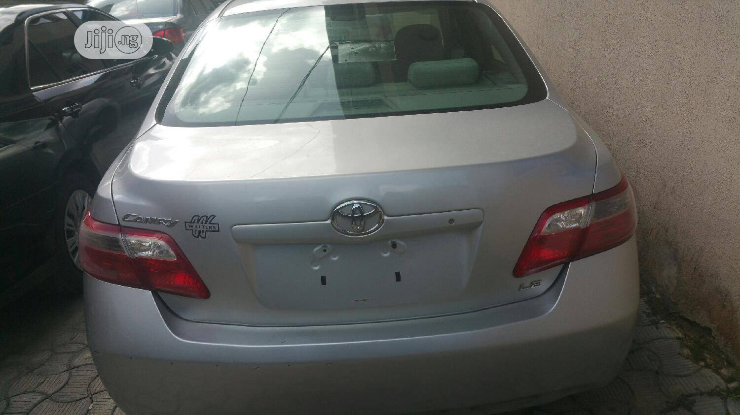 Toyota Camry 2007 2.3 Hybrid Silver | Cars for sale in Ajah, Lagos State, Nigeria