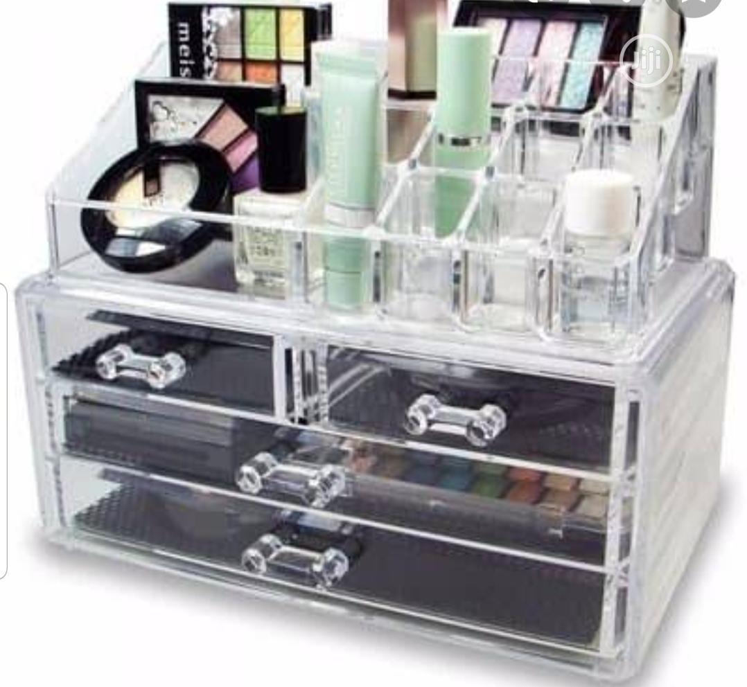 Quality Cosmetics Storage Box | Tools & Accessories for sale in Lagos Island (Eko), Lagos State, Nigeria