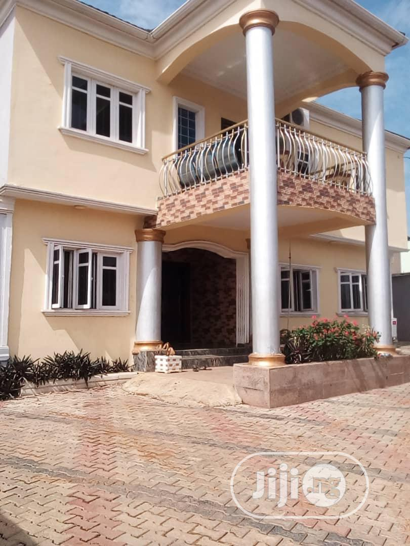 Lovely 3 Bedroom Flat for Rent in an Estate at Aboru