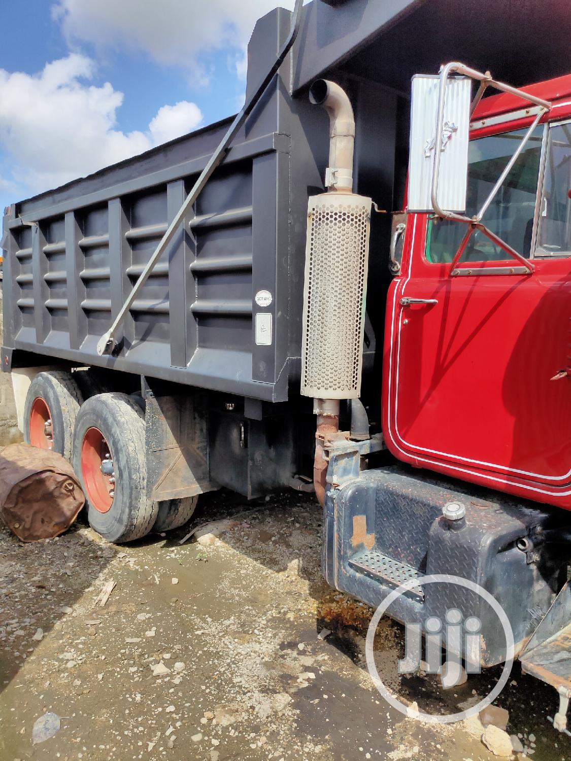 Mack (R-Model) Tipper With Ten Tyres. | Trucks & Trailers for sale in Apapa, Lagos State, Nigeria