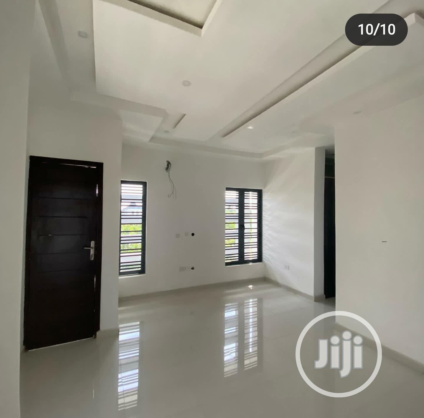 Exquisite 5 Bedroom Detached Duplex With Bq For Sale At Lekki | Houses & Apartments For Sale for sale in Lekki, Lagos State, Nigeria