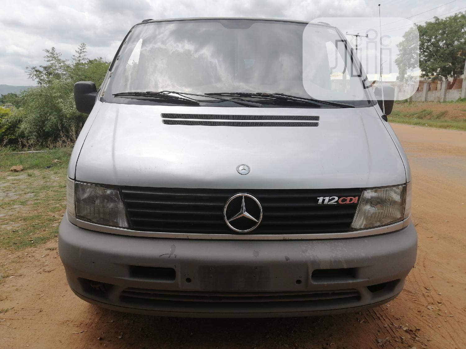 Mercedes-benz Viano 2002 Silver | Buses & Microbuses for sale in Utako, Abuja (FCT) State, Nigeria
