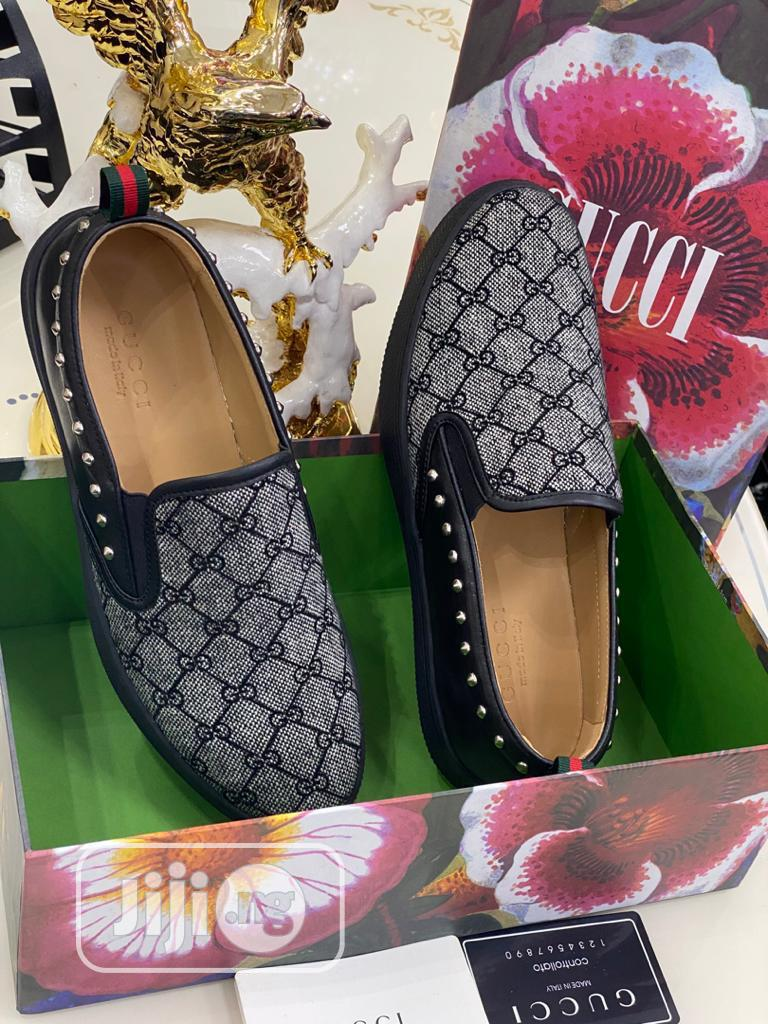 Gucci Canvas Available as Seen Swipe to Pick Your Preferred | Shoes for sale in Lagos Island (Eko), Lagos State, Nigeria