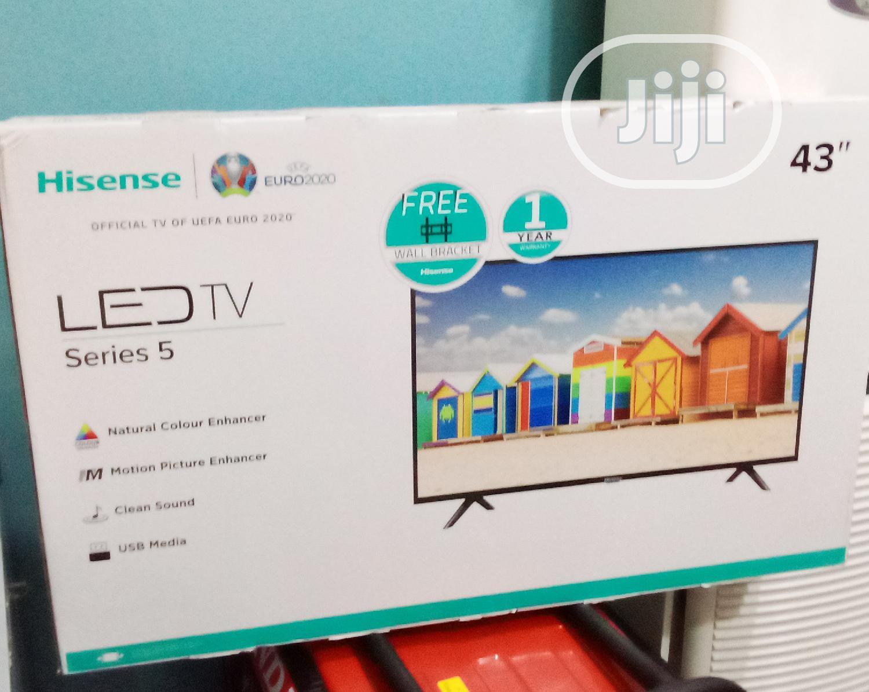 """Hisense 43"""" LED TV Series 5 43B5100P"""