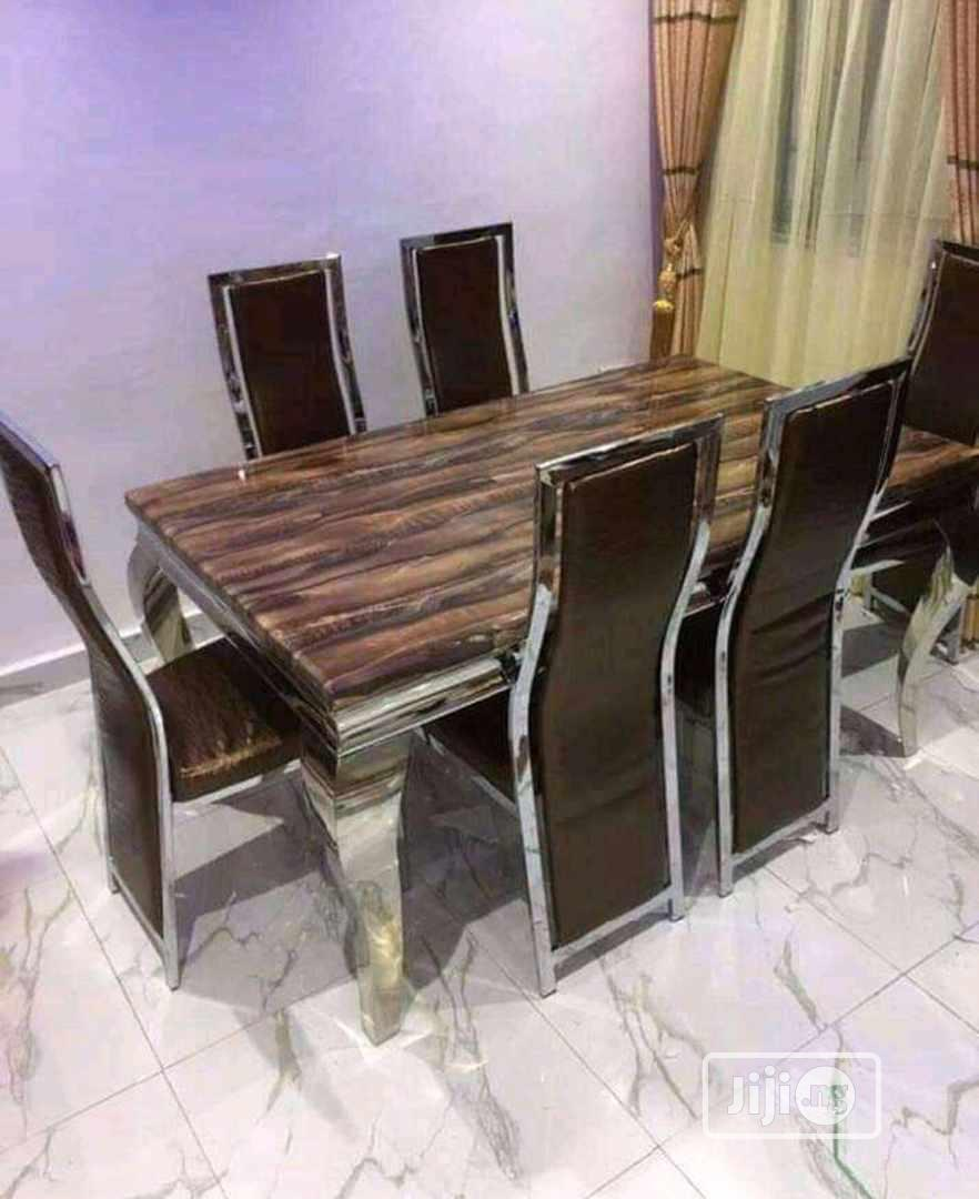 Super Dining Table And Chair