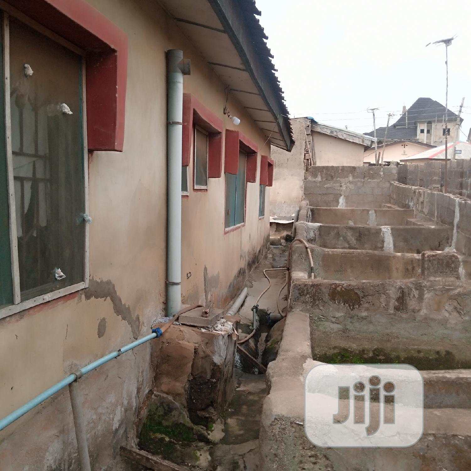 Archive: 3 Bedroom Flat On Half Plot For Sale Ewedogbon