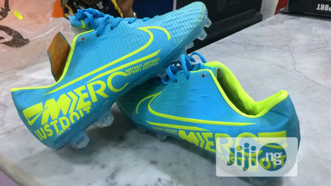 Original Nike Football Boots in