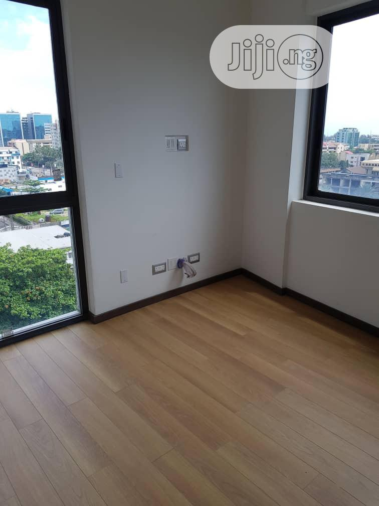 New Luxury 4bed Flat In A High Rise On Victoria Island 4sale | Houses & Apartments For Sale for sale in Victoria Island, Lagos State, Nigeria