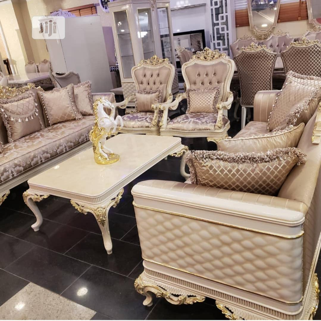 Complete Set of High Class 7 Seater Sofa And Dining