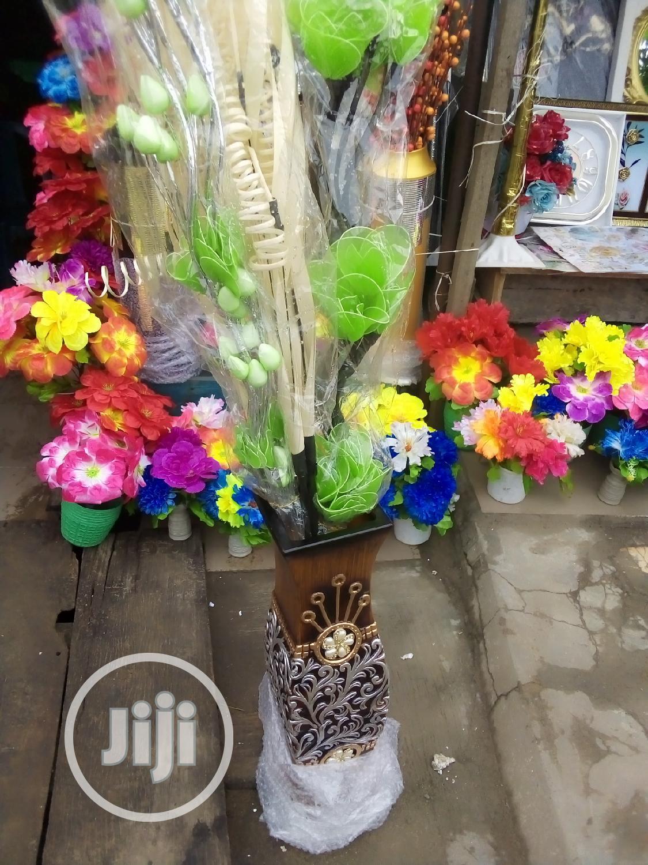 Unique 28 Inches Ceramics Flower Vase With Flowers