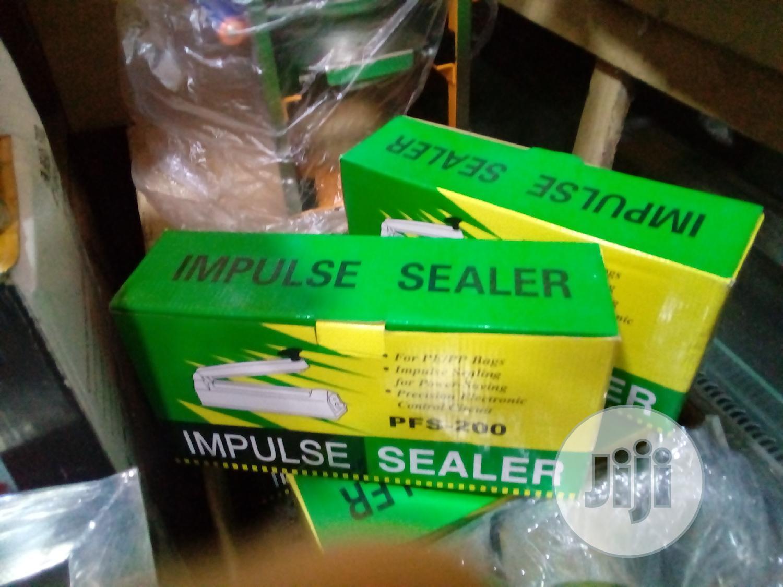 Archive: Impulse Sealer Size 200