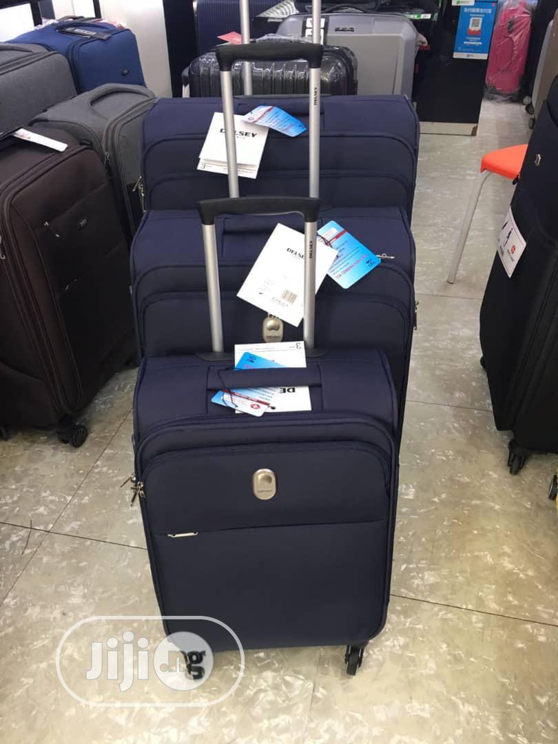 Archive: Travel Luggage Set - 3